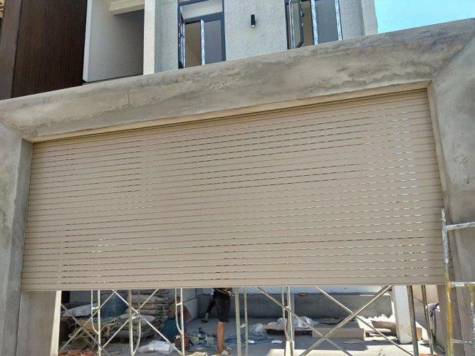 sửa chữa cửa cuốn nhôm tại Tân Uyên